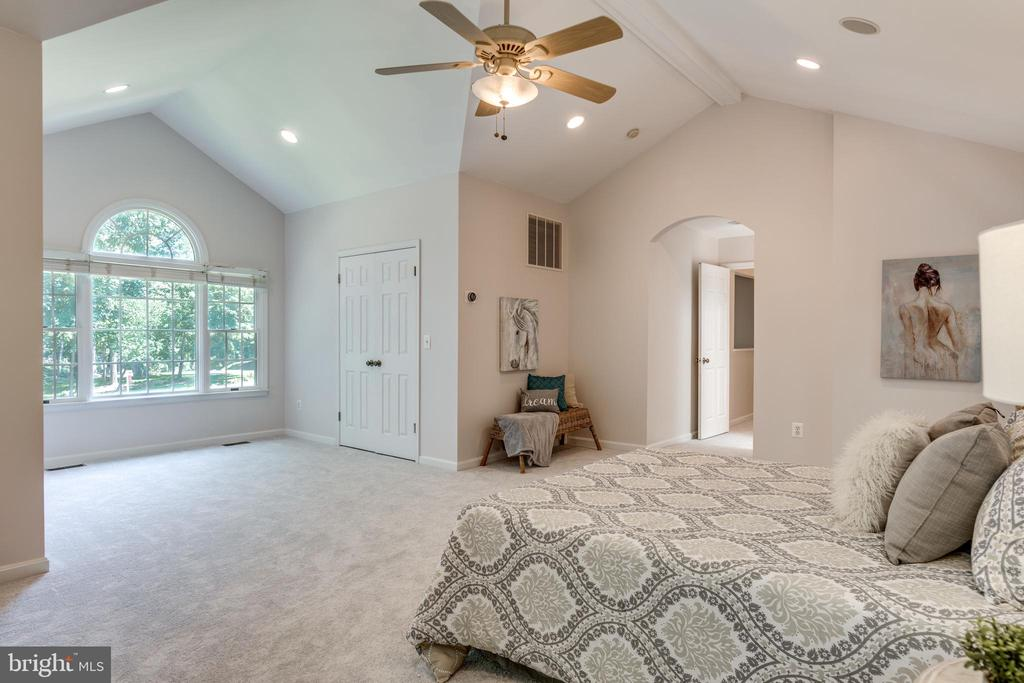 Owner's Suite with Cathedral Ceilings - 1224 BISHOPSGATE WAY, RESTON