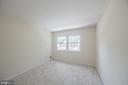 Upstairs bedroom #3 overlooking front cul de sac - 505 WOODSHIRE LN, HERNDON