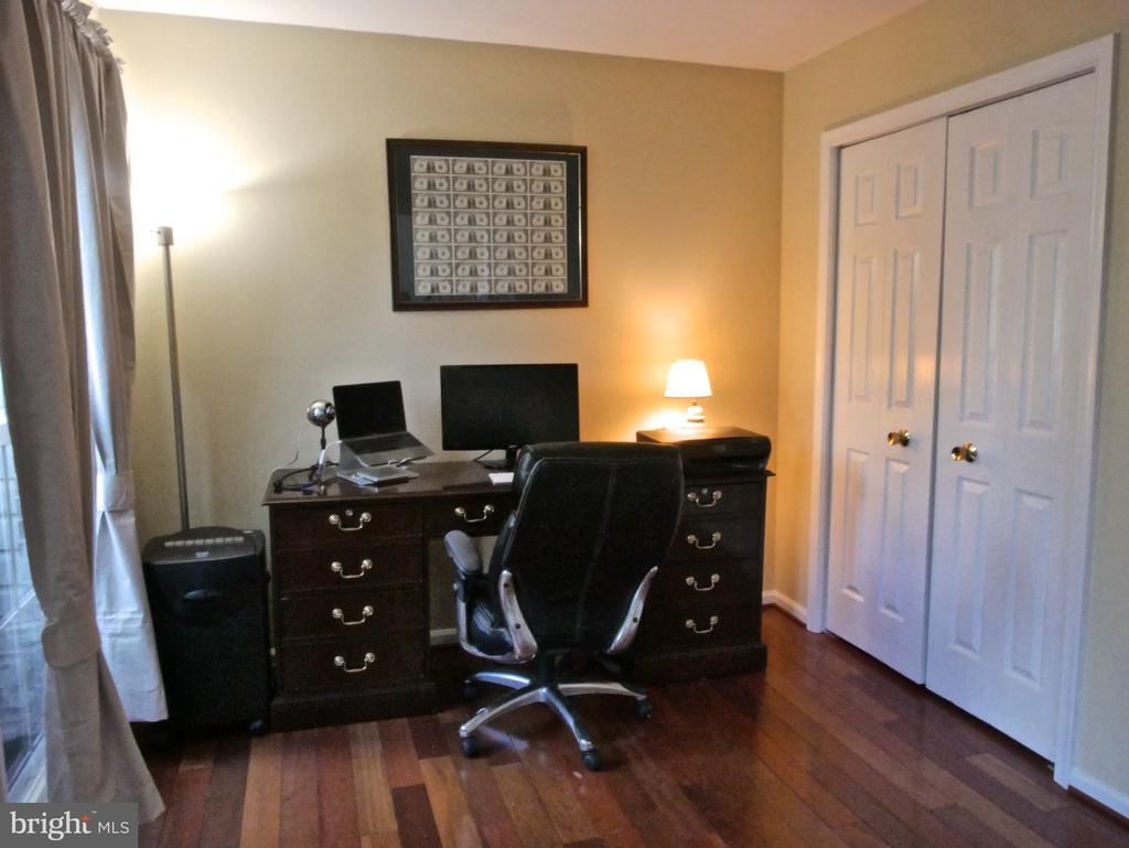 Office / In-Law Suite - 12003 MEADOWVILLE CT, HERNDON