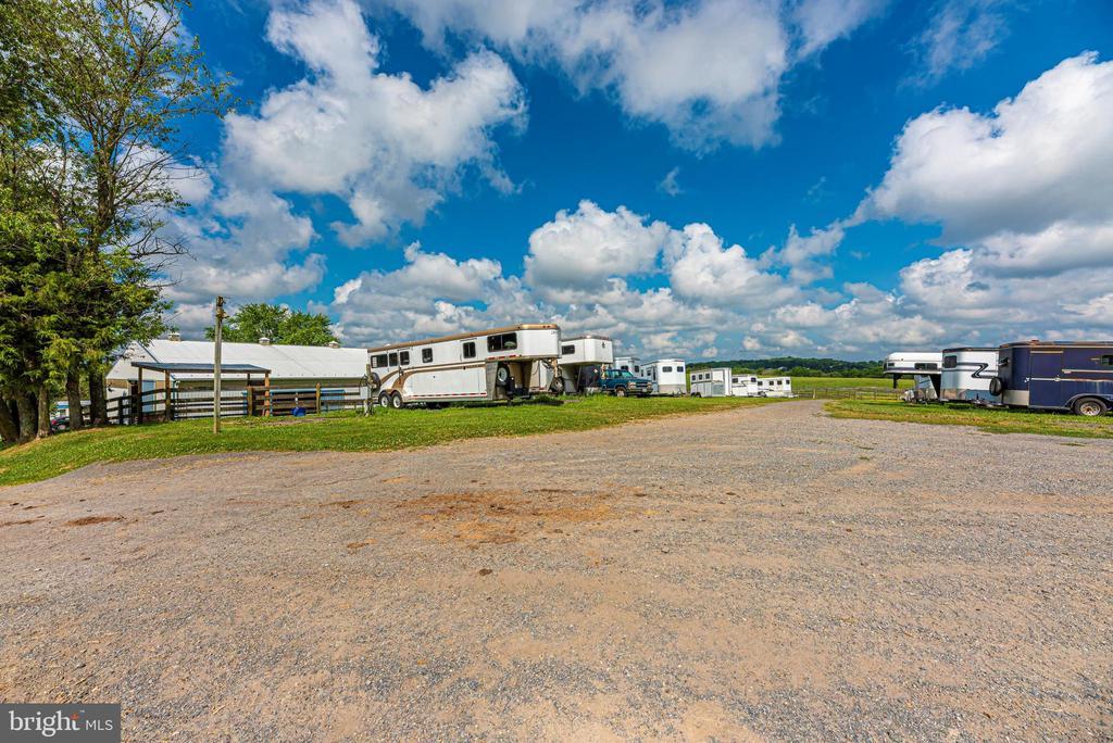 trailer parking area - 11437 BETHESDA CHURCH RD, DAMASCUS