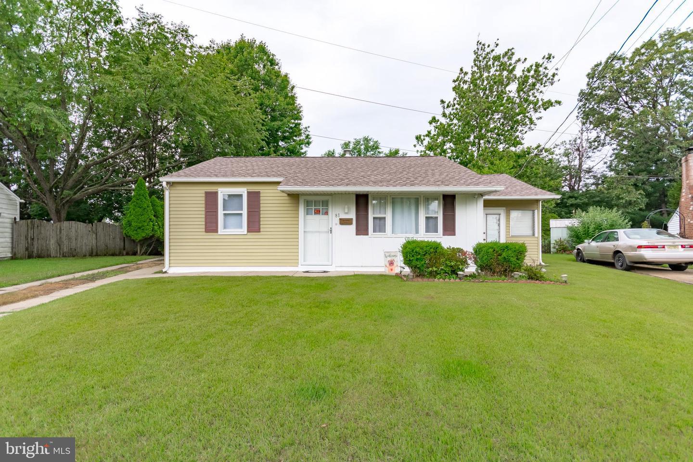 Single Family Homes 용 매매 에 Bellmawr, 뉴저지 08031 미국