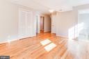 Family room, pic 3 - 900 S WAKEFIELD ST, ARLINGTON