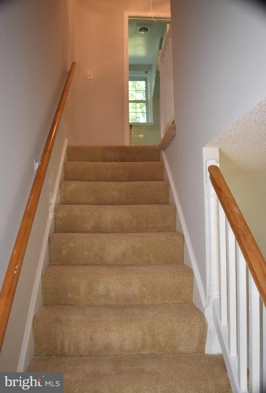 Stairs to Second Fllor - 3572 S STAFFORD ST, ARLINGTON