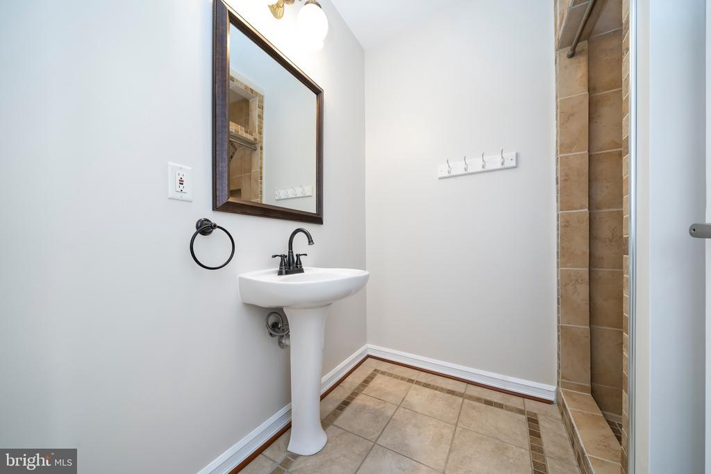 Bathroom 1 - 8950 GUE RD, DAMASCUS