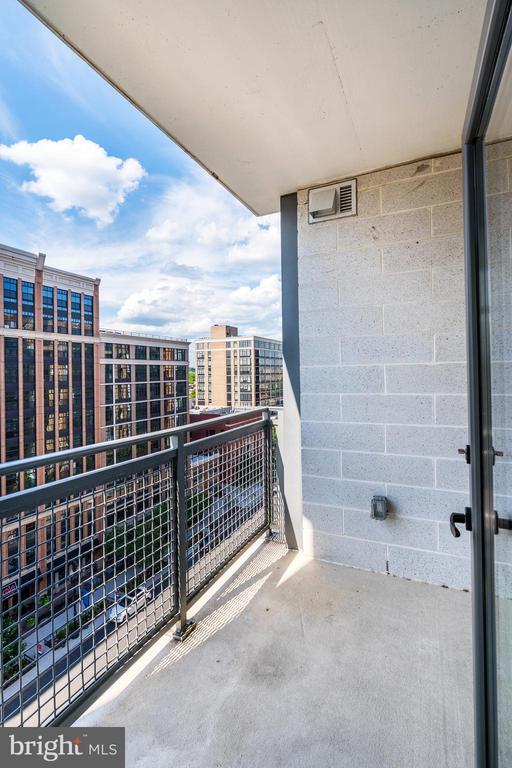 One of the few units with a large patio - 460 NEW YORK AVE NW #801, WASHINGTON
