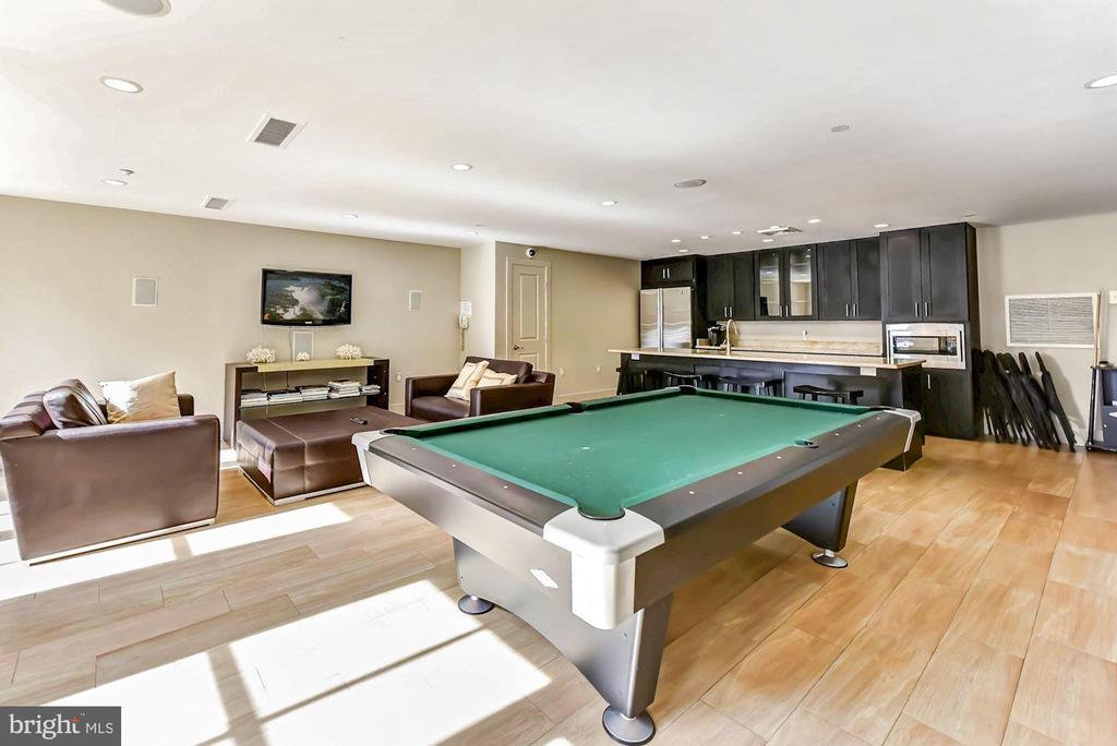 Club Room - 1600 CLARENDON BLVD #W107, ARLINGTON