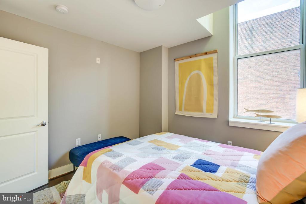 Guest Bedroom - 1341 MARYLAND AVE NE #103, WASHINGTON