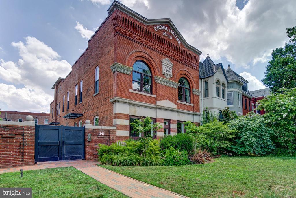Historic Engine House No. 10 on Capitol Hill - 1341 MARYLAND AVE NE #103, WASHINGTON