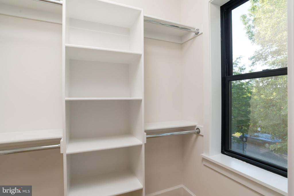 Owners Suite Walk in closet 2 - 24 CHANNING ST NW, WASHINGTON