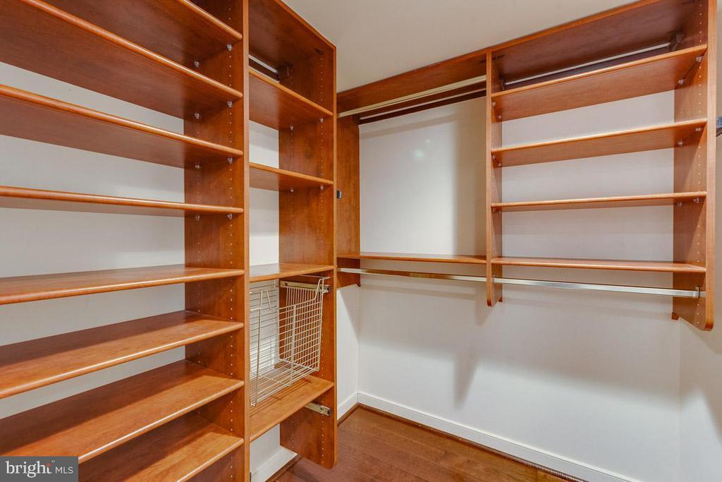 Great storage in Master closet - 1099 22ND ST NW #304, WASHINGTON
