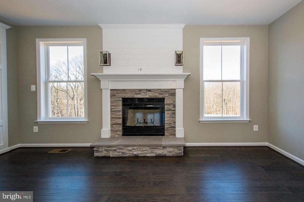 - 14114 FOUR COUNTY DR, MOUNT AIRY