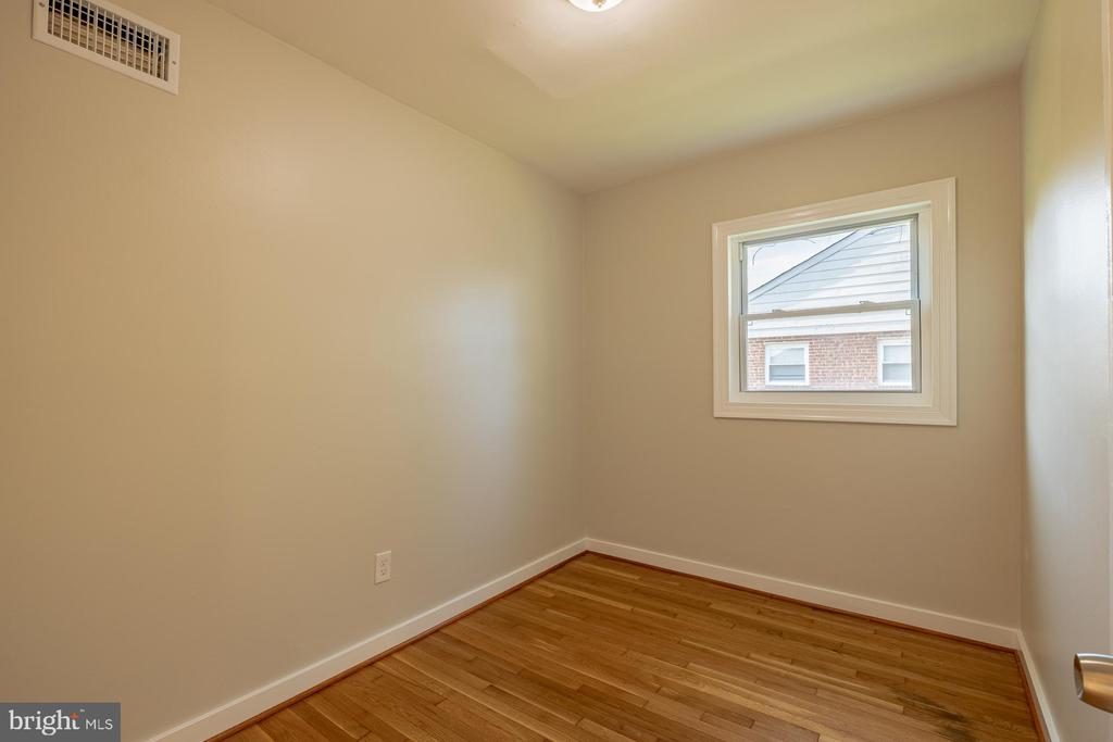 - 2307 WYNGATE RD, SUITLAND