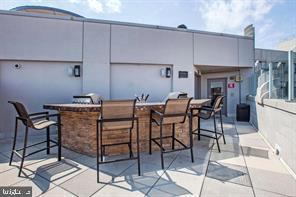 Rooftop Grill - 1021 N GARFIELD ST #804, ARLINGTON