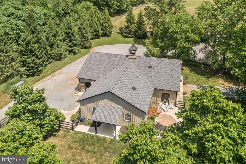 - 34650 WELBOURNE RD, MIDDLEBURG