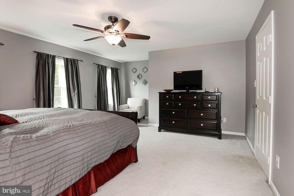 Master Bedroom - 7 CRISSWELL CT, STERLING