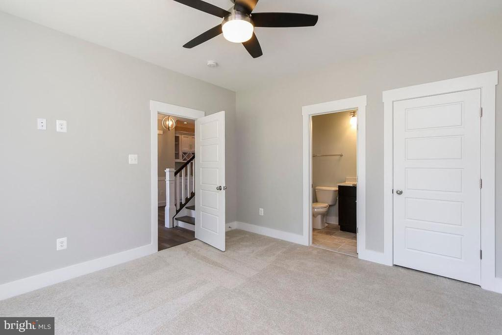Guest bedroom / Study / Office / Play room - 6851 E SHAVANO, NEW MARKET