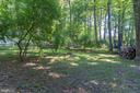 Wooded back yard - 11945 APPLING VALLEY RD, FAIRFAX