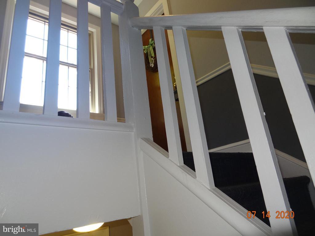 Condo Building Stairway - 2411 ARLINGTON BLVD #201, ARLINGTON