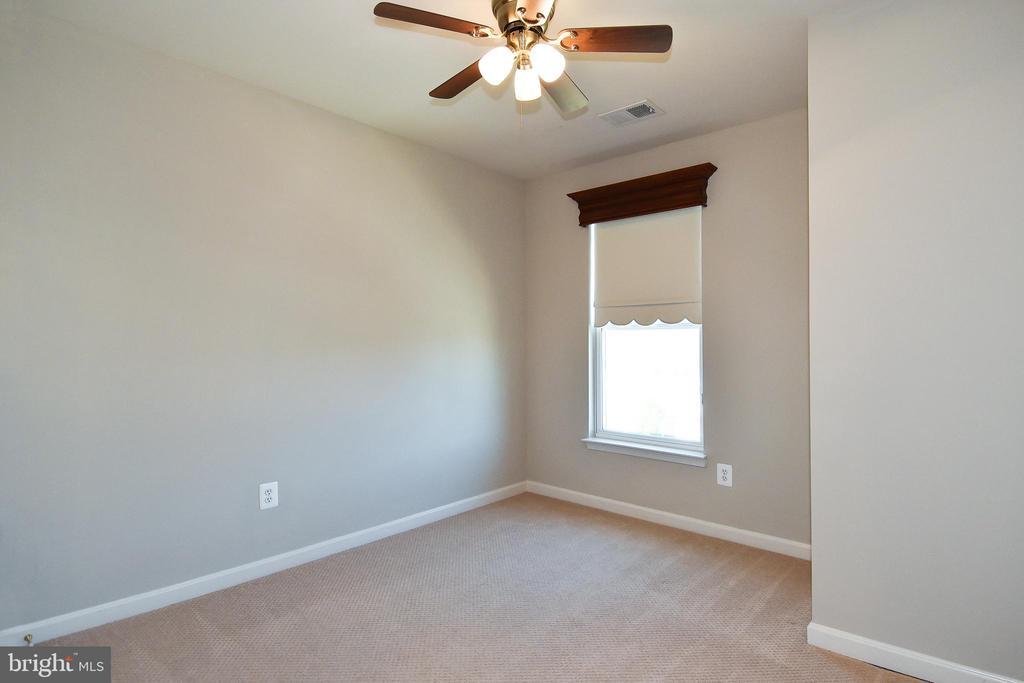 Bedroom 2 - 11872 BENTON LAKE RD, BRISTOW