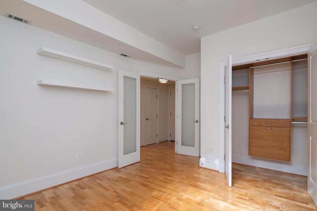 Den with view of closet - 1830 JEFFERSON PL NW #14, WASHINGTON