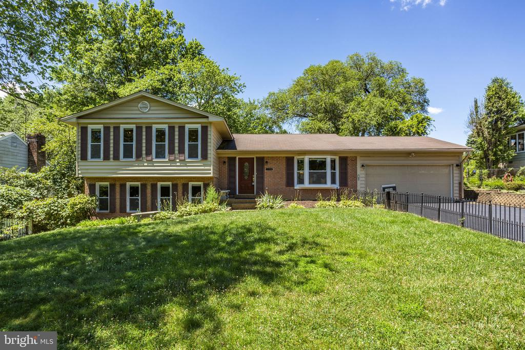 Welcome Home! - 1906 GREAT FALLS ST, MCLEAN