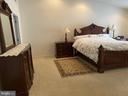 - 25897 KIRKWOOD SQ, CHANTILLY