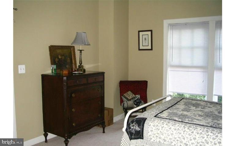 MMK Realty LLC Owner's bedroom - 6659 DEBRA LU WAY, SPRINGFIELD