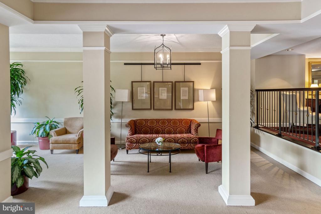 Interior- common area - 2100 LEE HWY #241, ARLINGTON