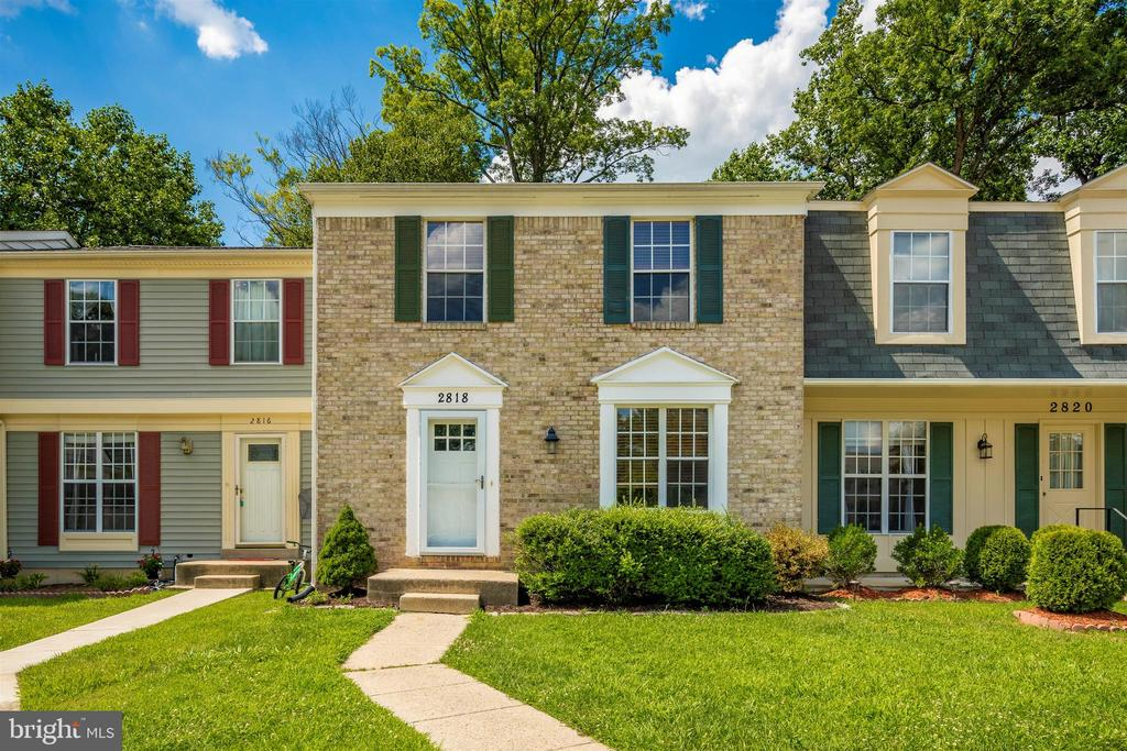 Great location backing to trees!! - 2818 ASHMONT TER, SILVER SPRING