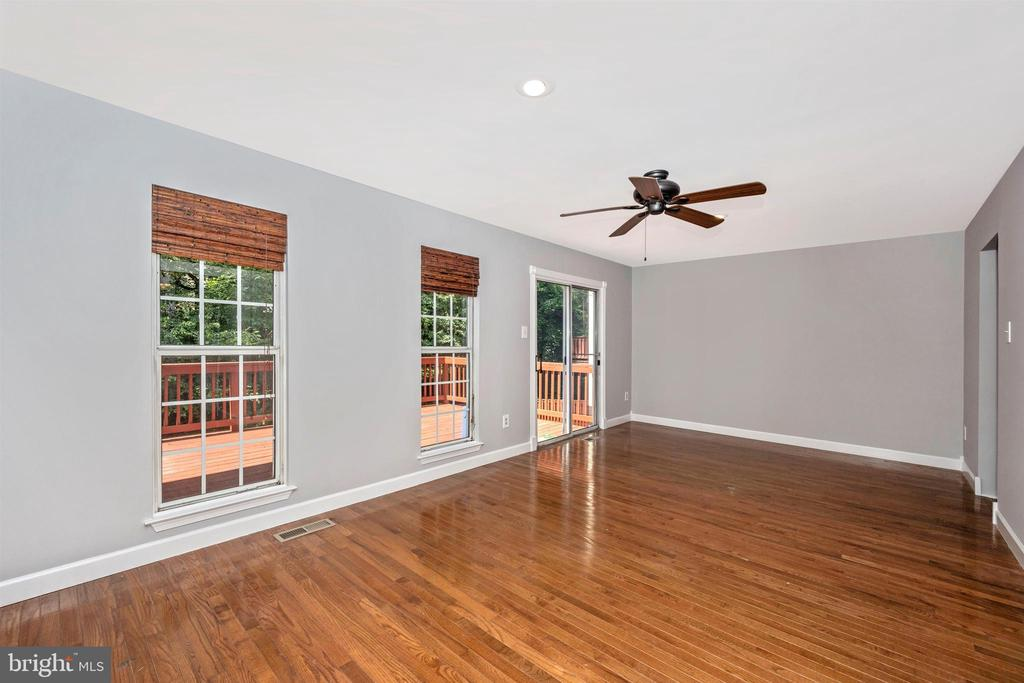 Living Room with Hardwood Floors - 2818 ASHMONT TER, SILVER SPRING
