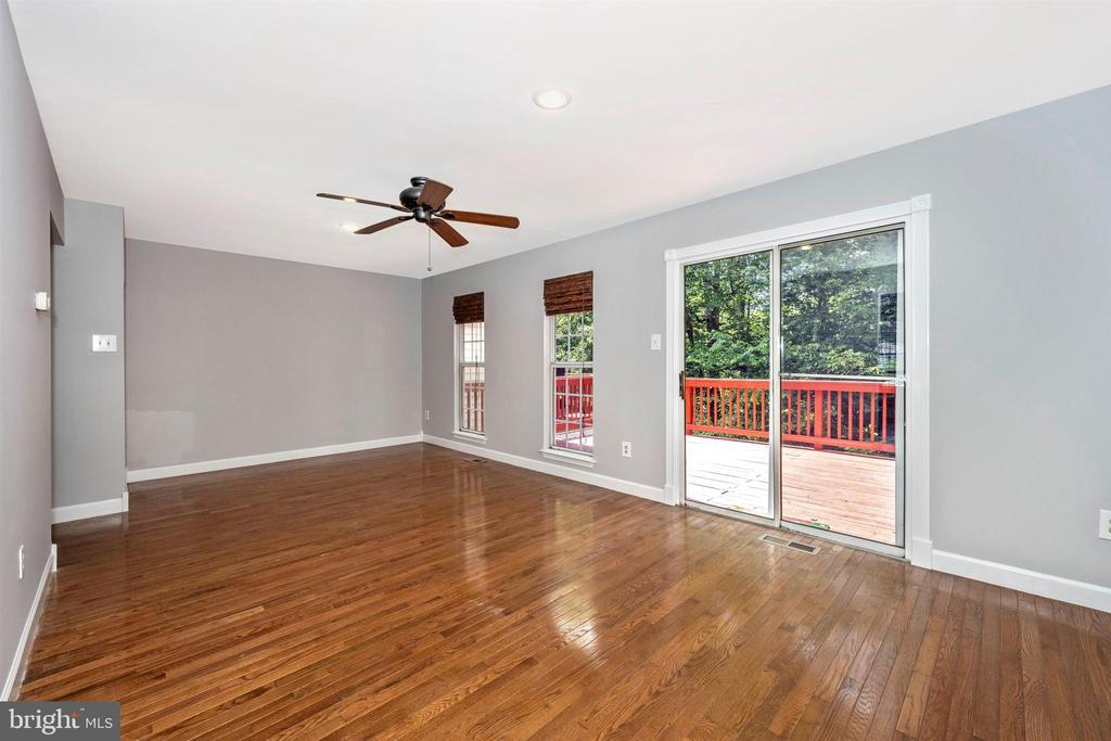 Living Room with Hardwood Floors & SGD to Deck - 2818 ASHMONT TER, SILVER SPRING