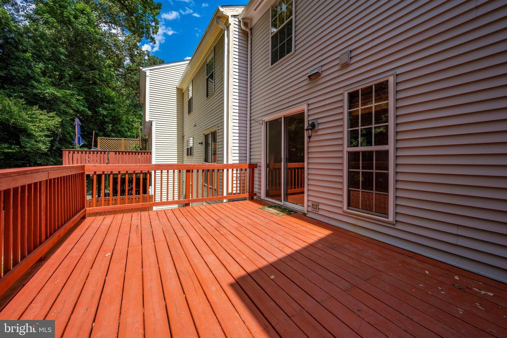 Deck overlooking TREES!! - 2818 ASHMONT TER, SILVER SPRING