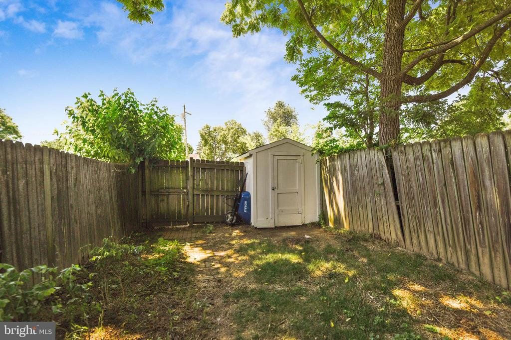 Storage Shed and Gate to rear driveway/parking lot - 432 W SOUTH ST, FREDERICK