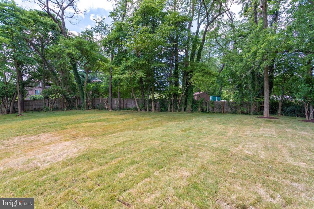 Expansive Backyard - 7411 NIGH RD, FALLS CHURCH