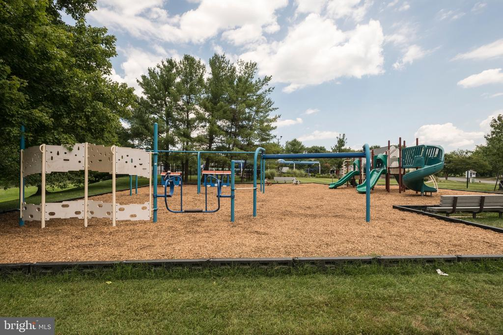 Playgrounds - 3619 ELDERBERRY PL, FAIRFAX