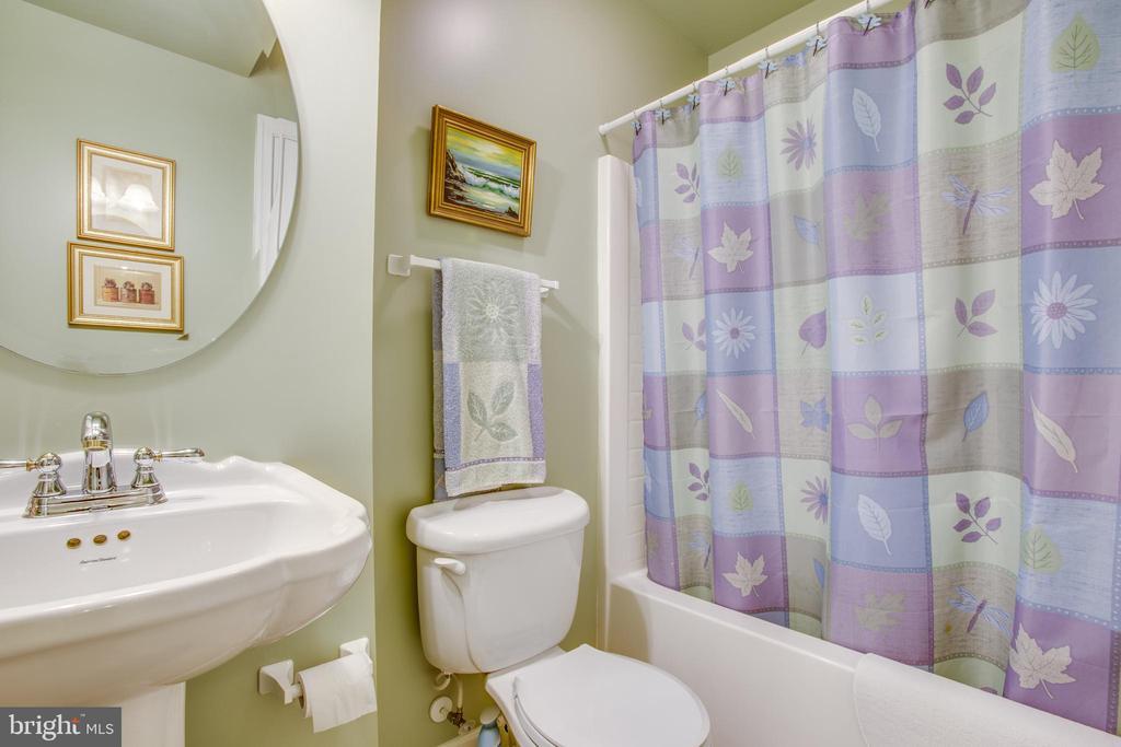Basement full bathroom - 9101 SNOWY EGRET CT, SPOTSYLVANIA