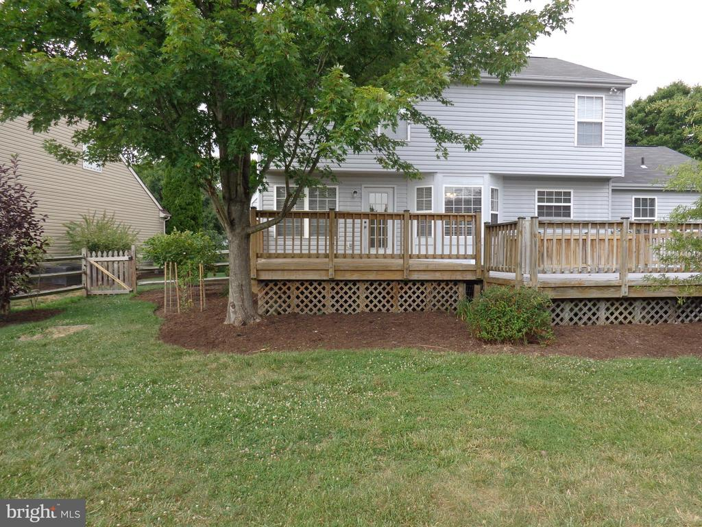 Rear View of Deck - 103 ENGLISH CT SW, LEESBURG