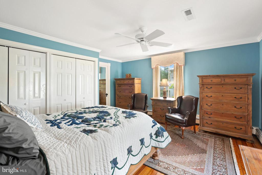 Master Bedroom - 301 W ASHER ST, CULPEPER