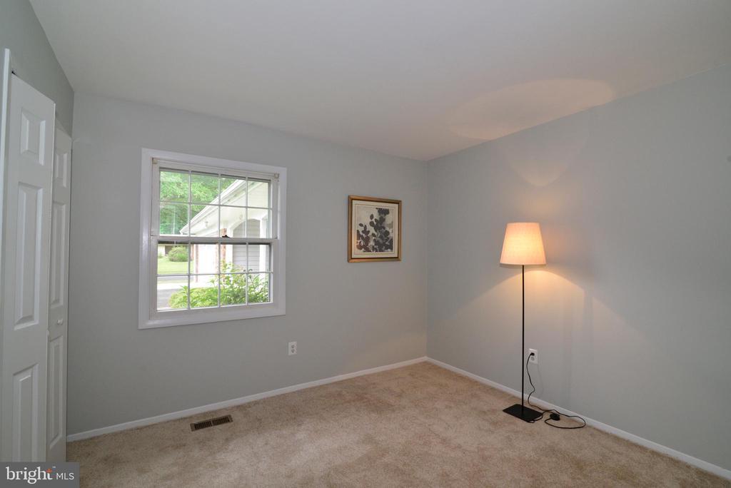 4th bedroom - 4224 MAYLOCK LN, FAIRFAX