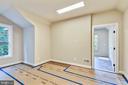 Craft/homework room on the upper floor - 9524 LEEMAY ST, VIENNA