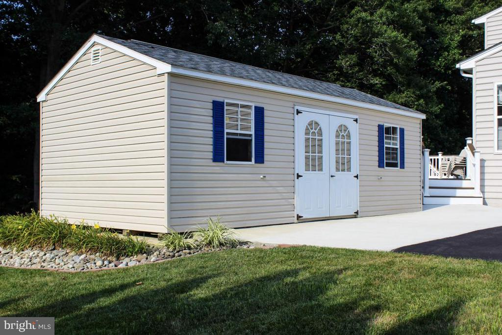 shed/outbuilding - 3220 LACROSSE CT, DUNKIRK