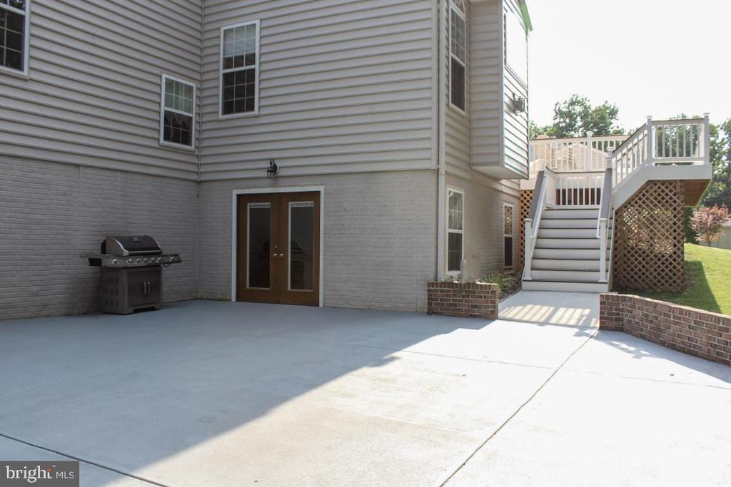 patio - 3220 LACROSSE CT, DUNKIRK