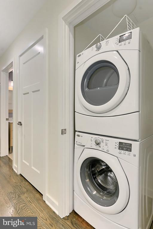 Washer and Dryer - 1610 N QUEEN ST #222, ARLINGTON