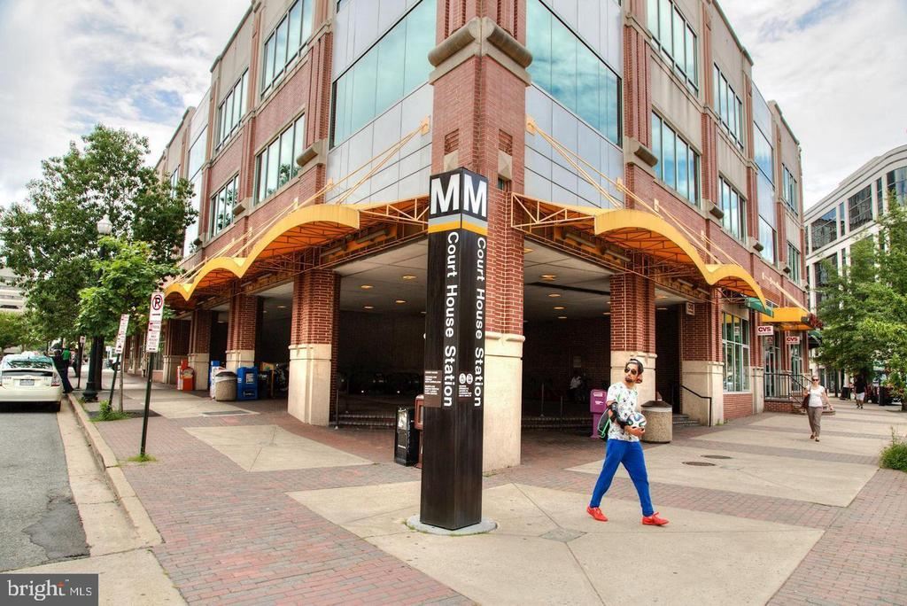 Courthouse Metro - 1700-D CLARENDON BLVD #141, ARLINGTON