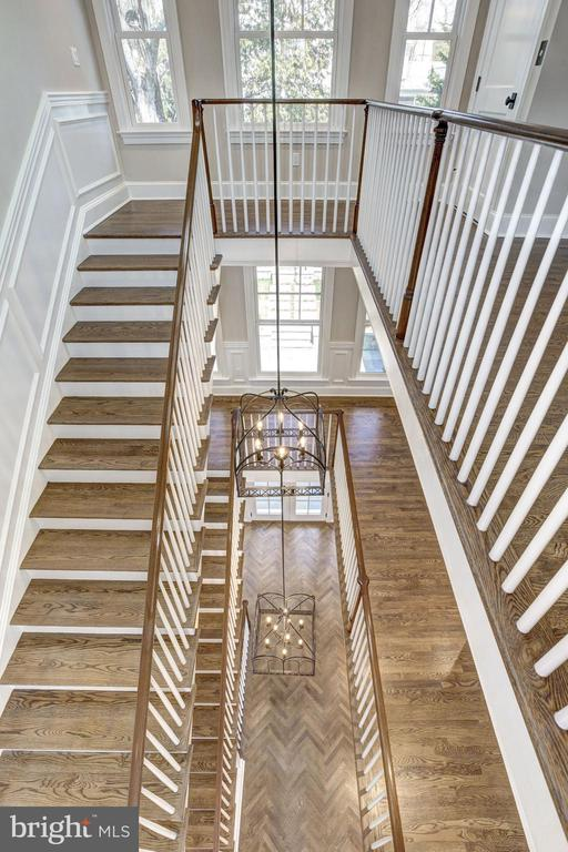 Staircase - 5205 LAWN WAY, CHEVY CHASE