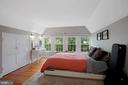 Bedroom 2 lots of natural light - 1309 N GLEBE RD, ARLINGTON
