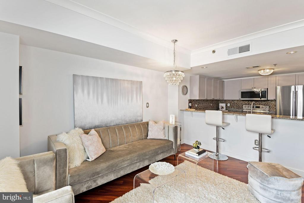 While Not Compromising on Lounging Space - 777 7TH ST NW #1102, WASHINGTON