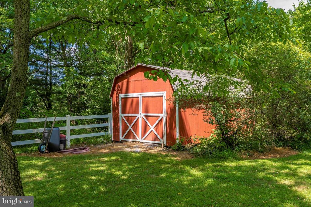 large storage shed for your garden tools, etc - 8707-A N PACIFIC CT, MIDDLETOWN