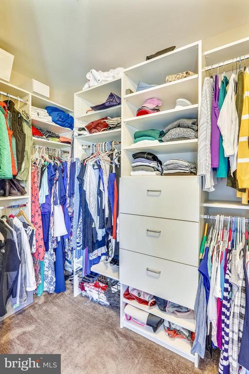 Master Bedroom Walk-In Closet - 402 BEALL AVE, ROCKVILLE