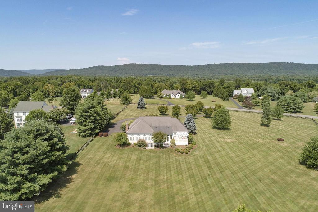 360 Degree Pastoral Views - 38235 MILLSTONE DR, PURCELLVILLE